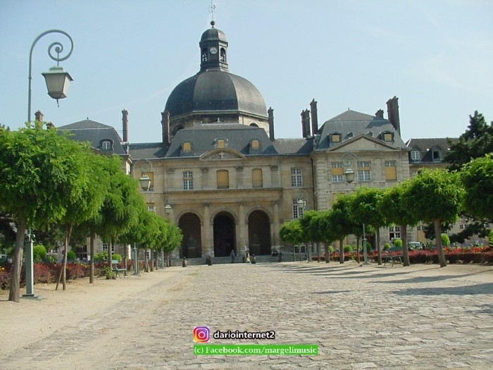 paris_june7_2003_00011