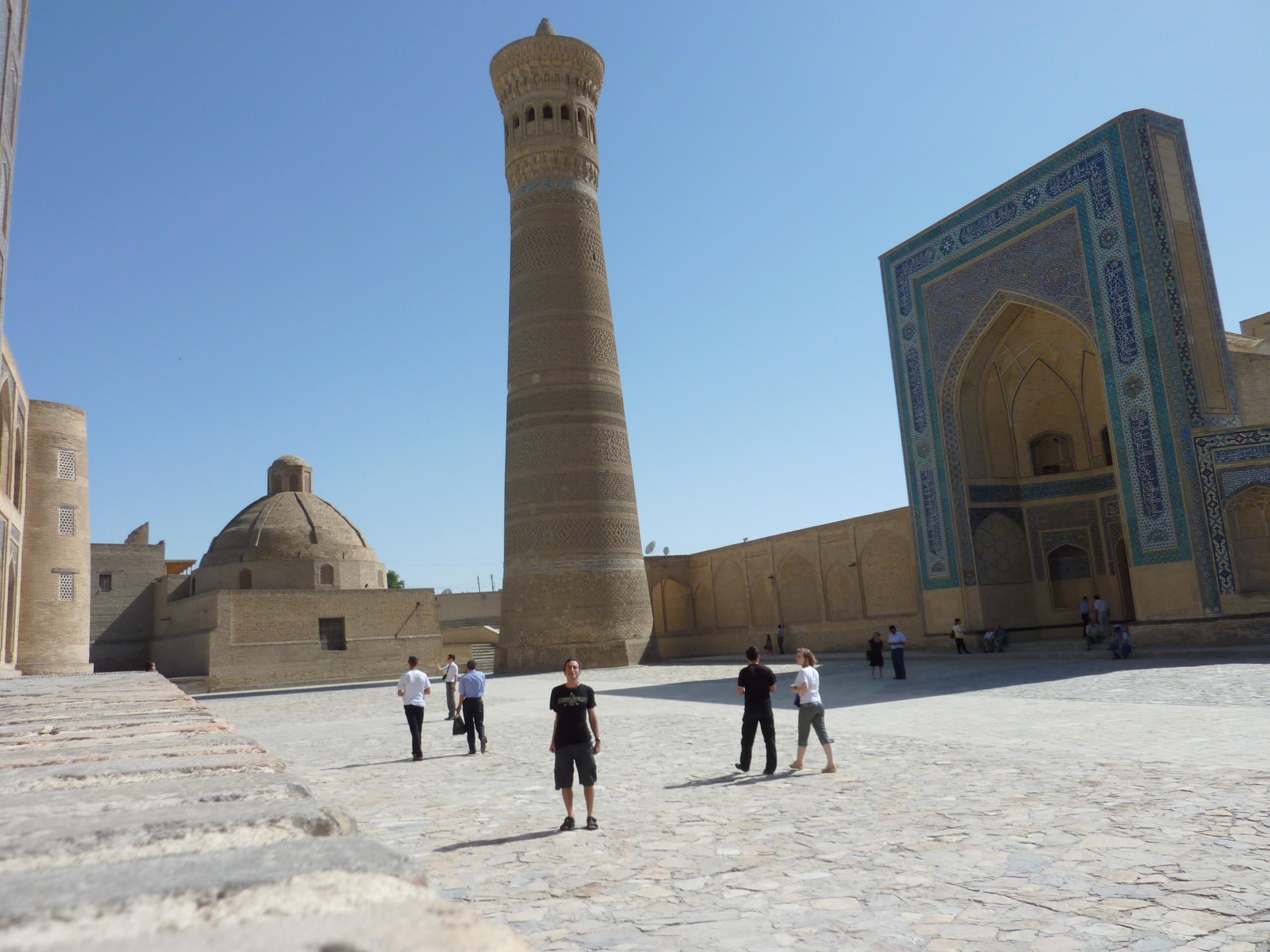 tr_bukhara_kalyan_minaret